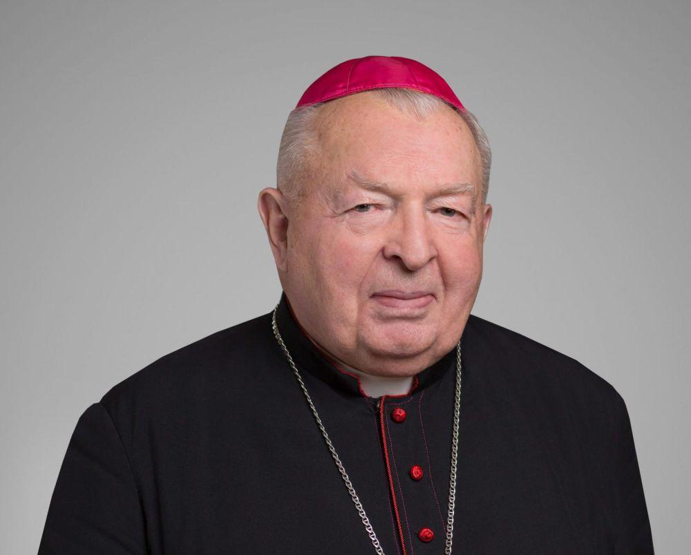 Coraz więcej zarażonych duchownych! Biskup Kazimierz Górny na kwarantannie! - Zdjęcie główne