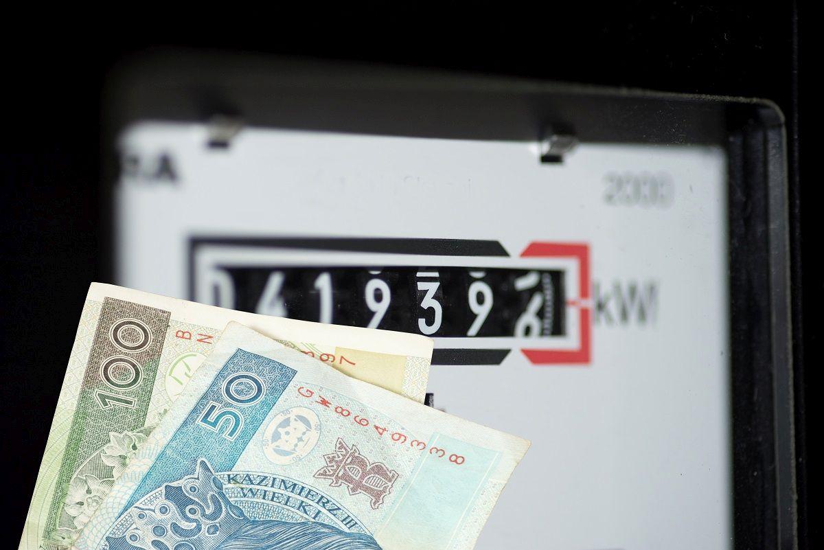 Ceny prądu szybują w górę. Zobacz jakie czekają nas podwyżki [GRAFIKA] - Zdjęcie główne
