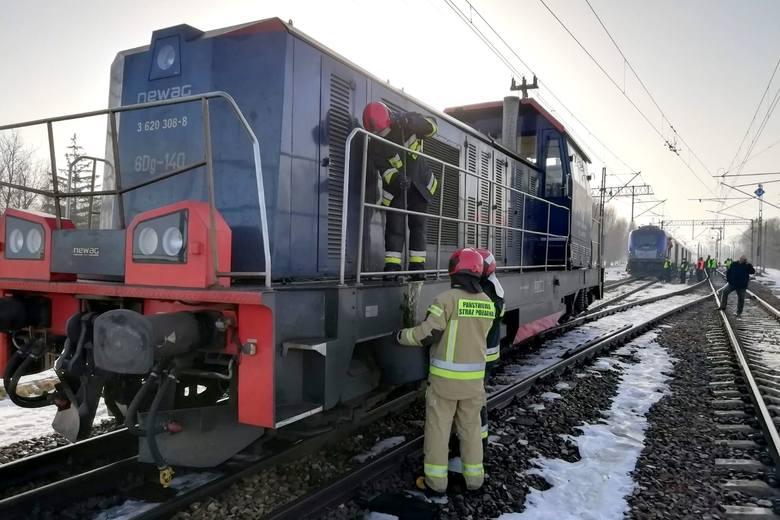 Zderzenie pociągu pospiesznego z lokomotywą! Są ranni - Zdjęcie główne