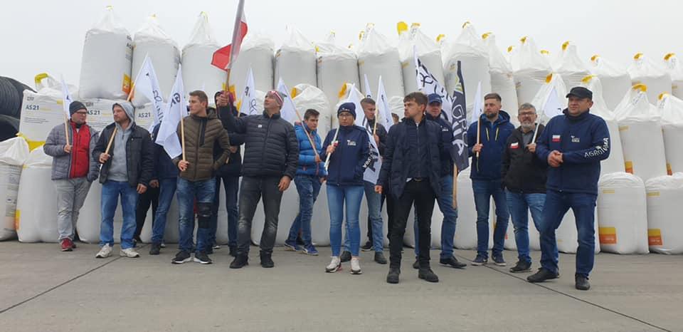 Agrounia blokowała tory w Woli Baranowskiej! - Obnażamy kłamstwa rządu - mówi Michał Kołodziejczak [WIDEO, ZDJĘCIA] - Zdjęcie główne