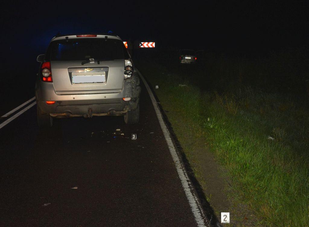 O krok od tragedii! Wpadł w poślizg, uderzył w inny pojazd. Trzy osoby ranne! [ZDJĘCIA] - Zdjęcie główne