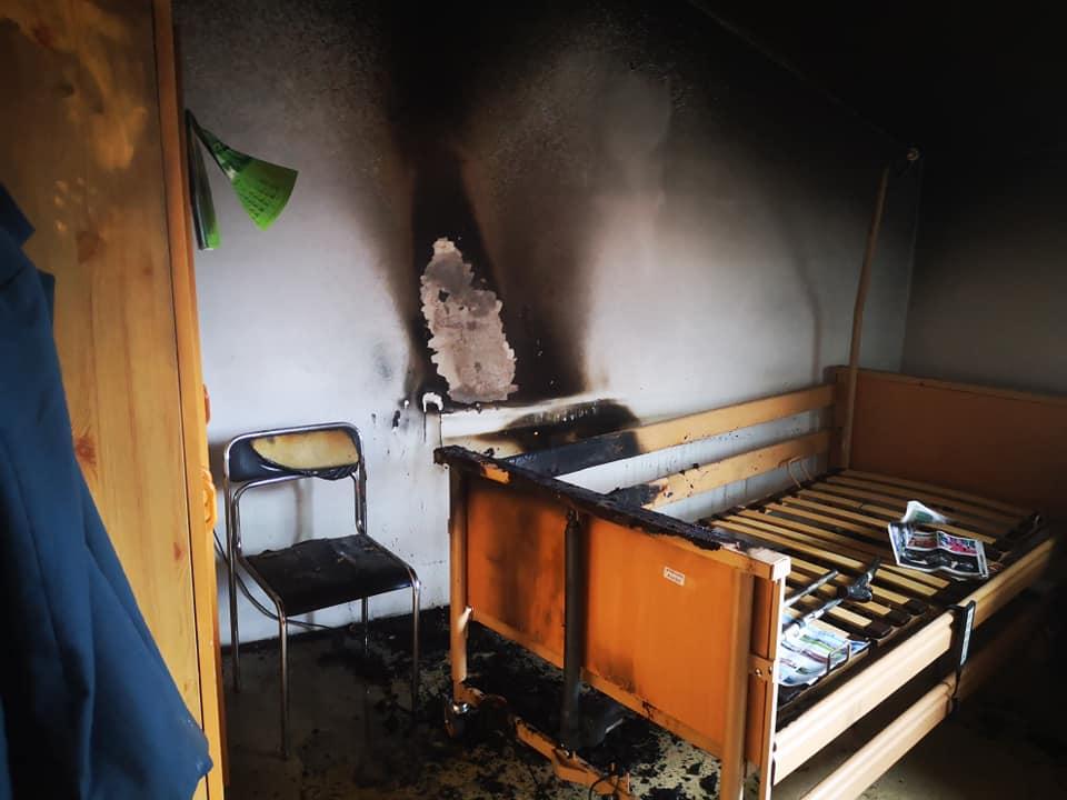 Kąkolówka. Pożar w domu opieki. Interweniował śmigłowiec LPR! [ZDJĘCIA] - Zdjęcie główne