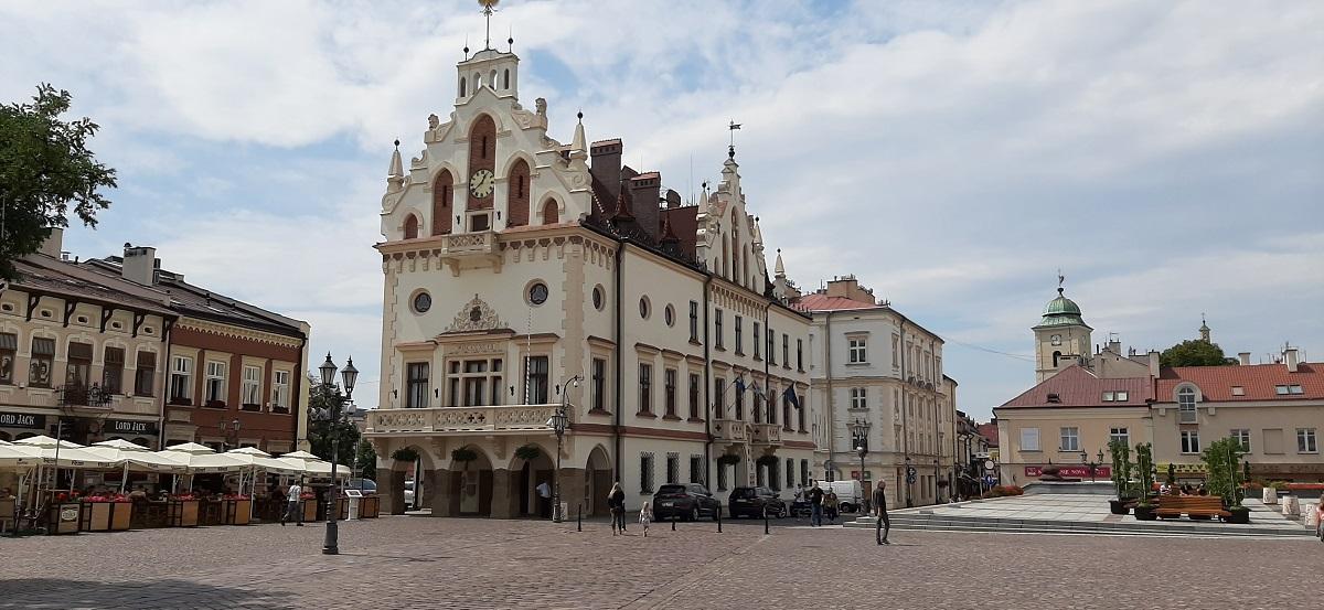 Znamy nazwisko komisarza w Rzeszowie! - Zdjęcie główne