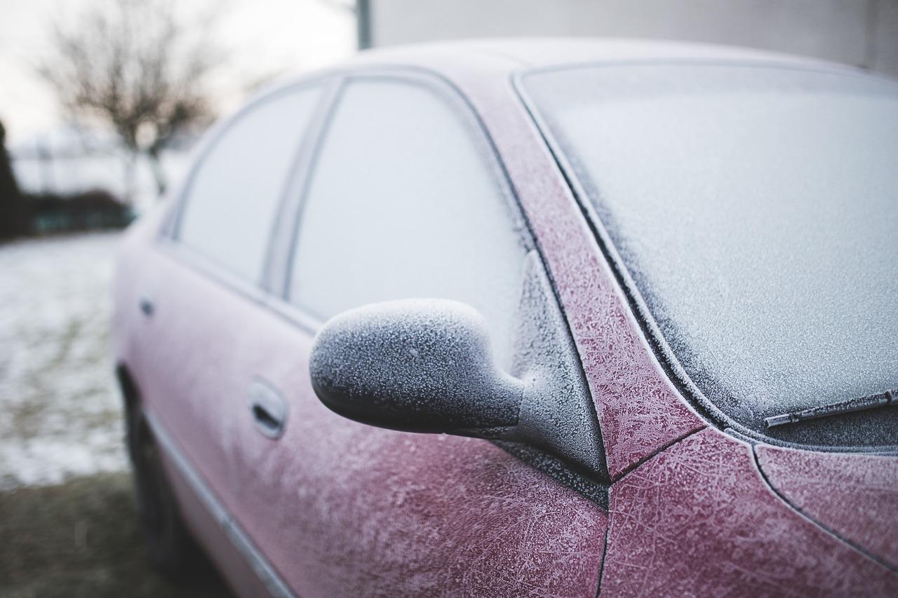 IMGW ostrzega: rano będzie ślisko na drogach! - Zdjęcie główne