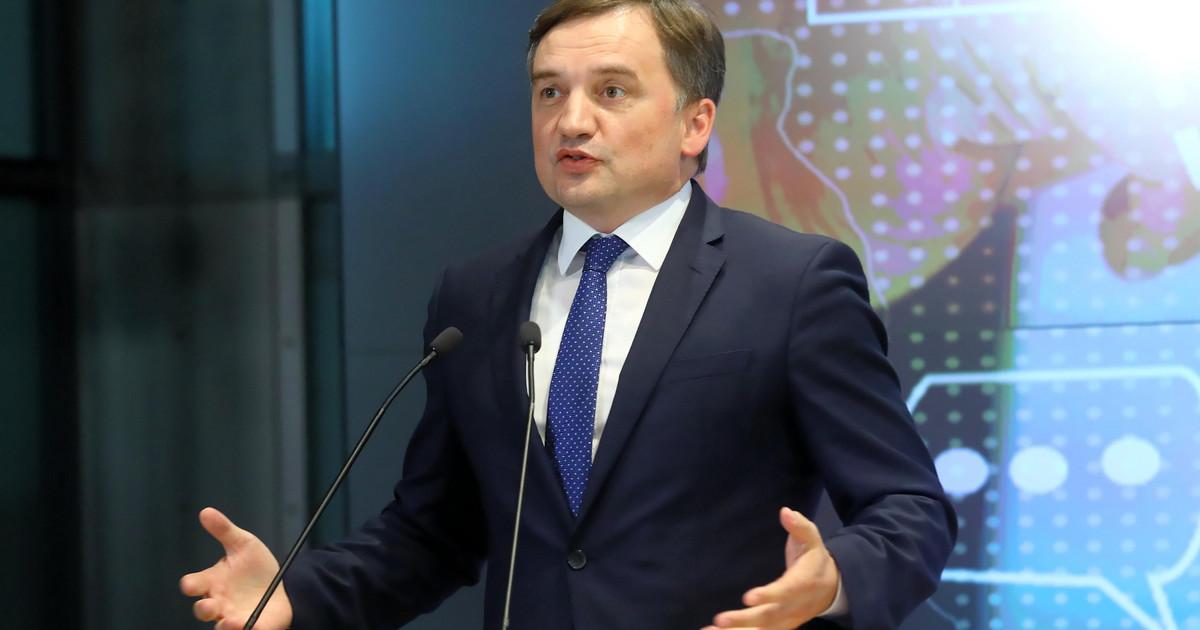 Zbigniew Ziobro o wypadku koło Stalowej Woli: - Rozważamy kwalifikację przestępstwa jako zamiar ewentualnego ZABÓJSTWA! [ZDJĘCIA] - Zdjęcie główne