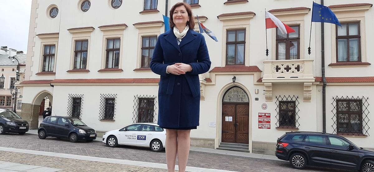 Oficjalnie: Ewa Leniart powalczy o prezydenturę w Rzeszowie [WIDEO] - Zdjęcie główne