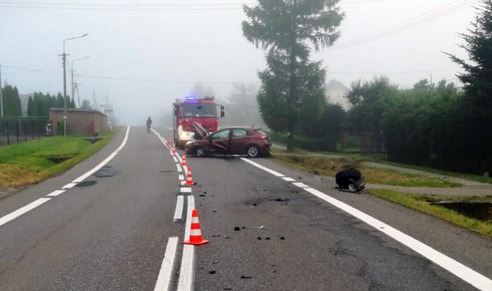 Podkarpacie. Czołowe zderzenie na drodze wojewódzkiej  - Zdjęcie główne
