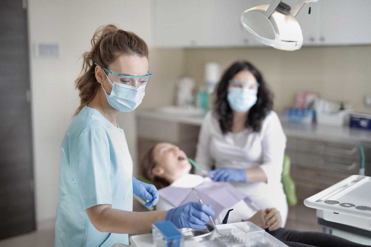 Najlepiej oceniani stomatolodzy na Podkarpaciu. Zobaczcie nasz ranking - Zdjęcie główne