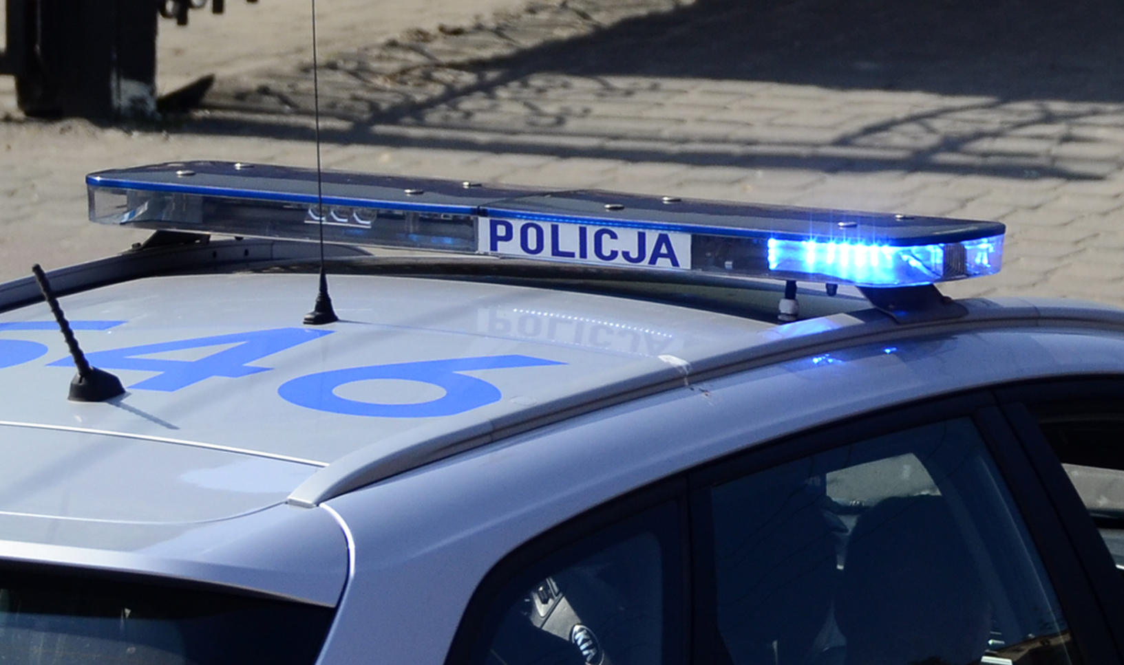 W policyjnej eskorcie do szpitala w Kolbuszowej - Zdjęcie główne