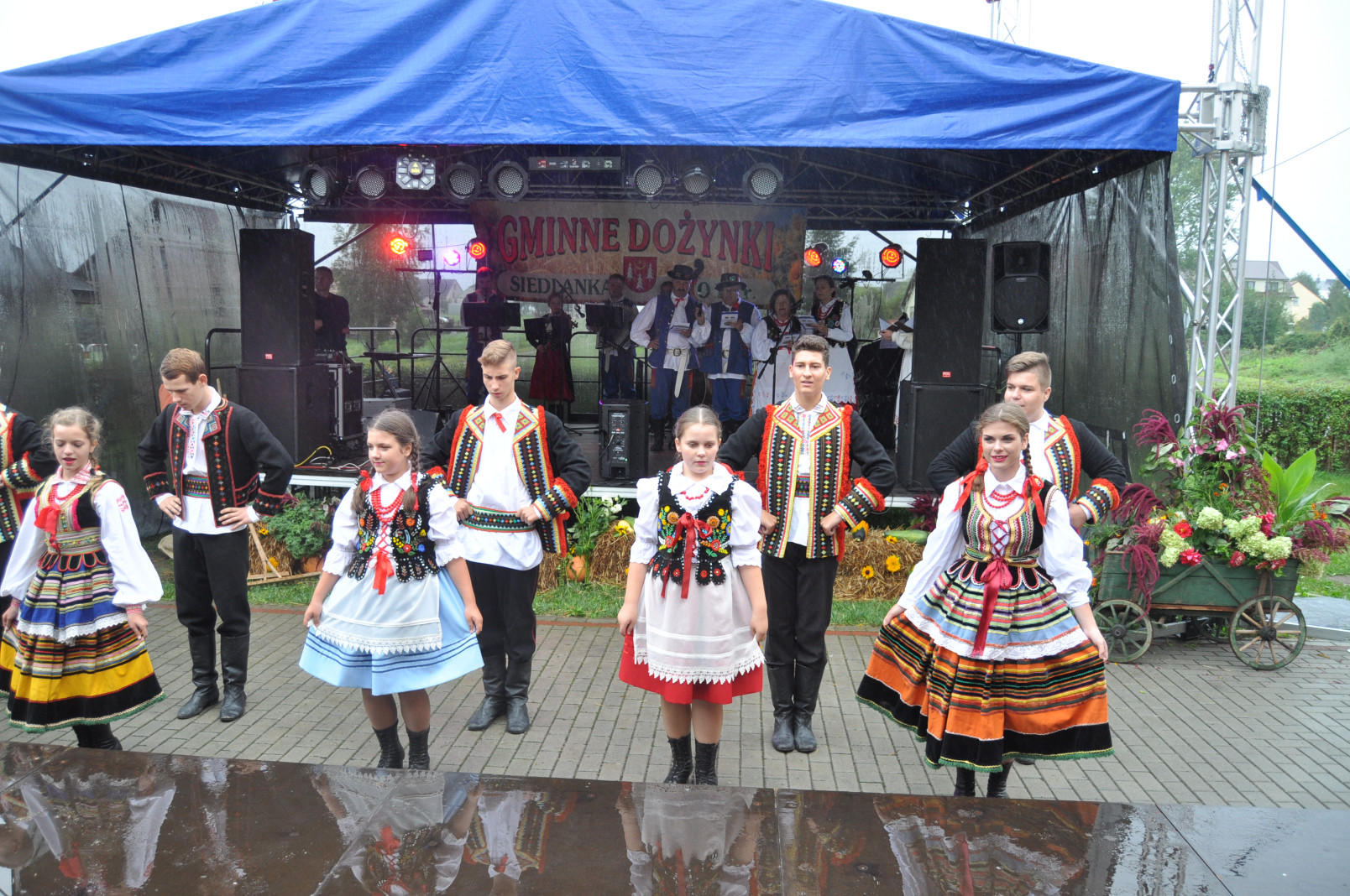 Gmina Niwiska. W niedzielę 26 sierpnia, w Siedlance odbyło się święto plonów. Dożynki 2018 - zobaczcie zdjęcia z uroczystości - Zdjęcie główne