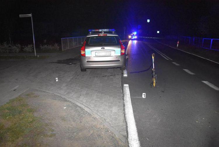 Z PODKARPACIA. BMW uciekało przed policją. Uszkodził 3 radiowozy, 6 policjantów rannych - Zdjęcie główne