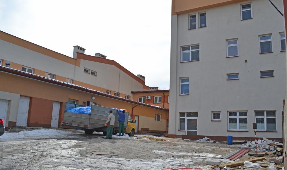 Rusza rozbudowa szpitala w Kolbuszowej. Na parterze powstanie blok operacyjny  - Zdjęcie główne