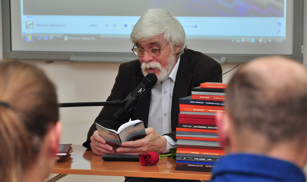 """W Kolbuszowej Ryszard Sziler promował swój tomik poezji  """"Wiersze przydrożne"""" - Zdjęcie główne"""