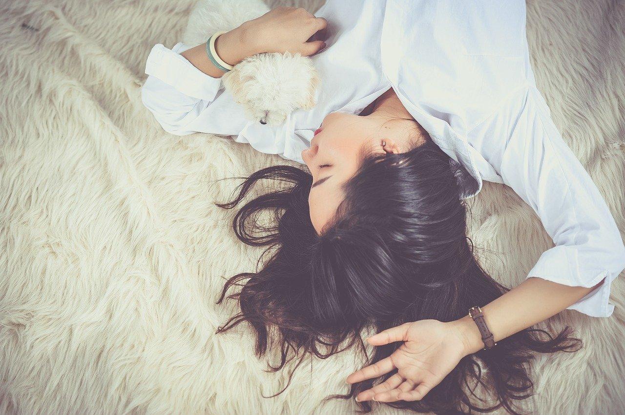 Pamiętaj o odpoczynku! Jest to podstawa dobrego zdrowia i samopoczucia - Zdjęcie główne