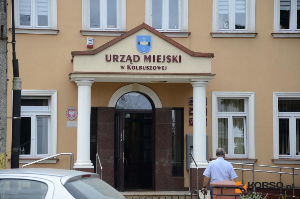 Gmina Kolbuszowa przekazała pomoc dla szpitala w Kolbuszowej i Mielcu [FOTO] - Zdjęcie główne