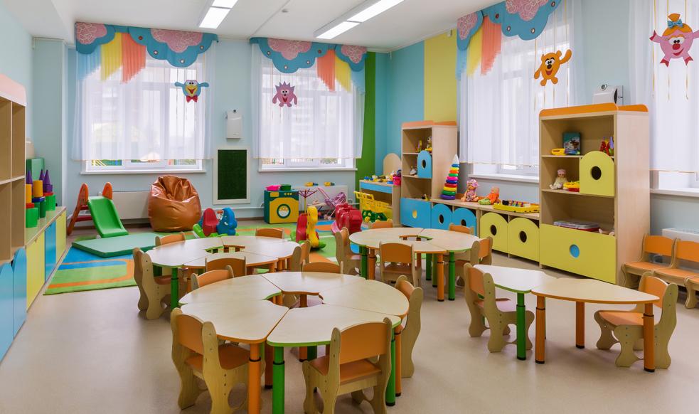Zawieszone zajęcia w szkołach i przedszkolach. Również w naszym powiecie  - Zdjęcie główne