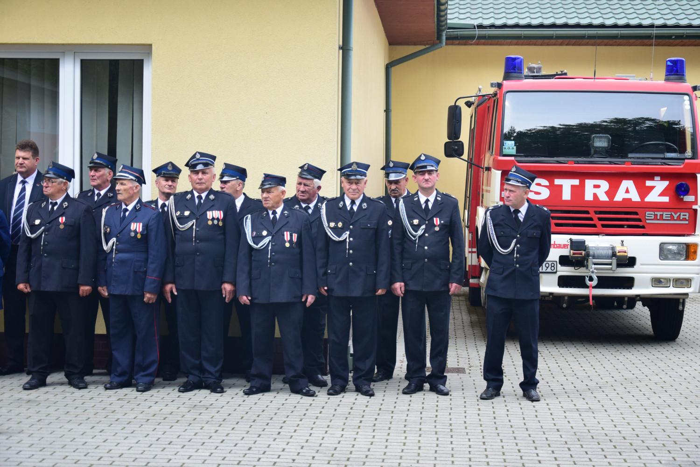 Gmina Dzikowiec. Druhowie z OSP Mechowiec mają nowy wóz strażacki [GALERIA ZDJĘĆ] - Zdjęcie główne