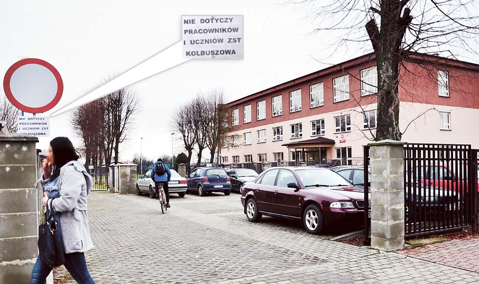 Parking jest szkolny a nie publiczny - Zdjęcie główne