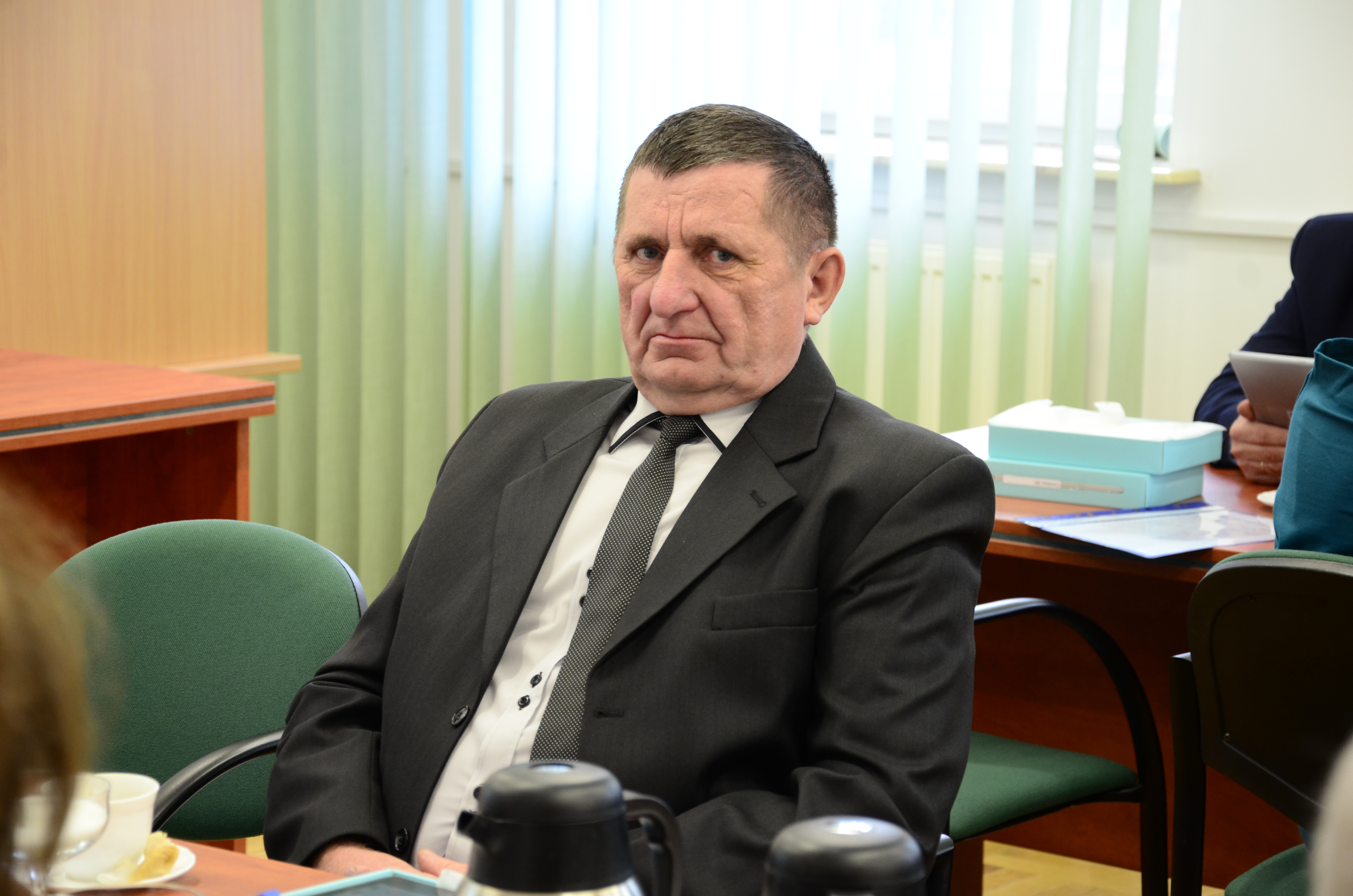 GMINA DZIKOWIEC. Przewodniczący rady na ostatniej sesji zdyscyplinował radnych - Zdjęcie główne