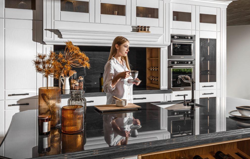 Ponadczasowe kolekcje kuchni Halupczok w wielu aranżacjach - Zdjęcie główne