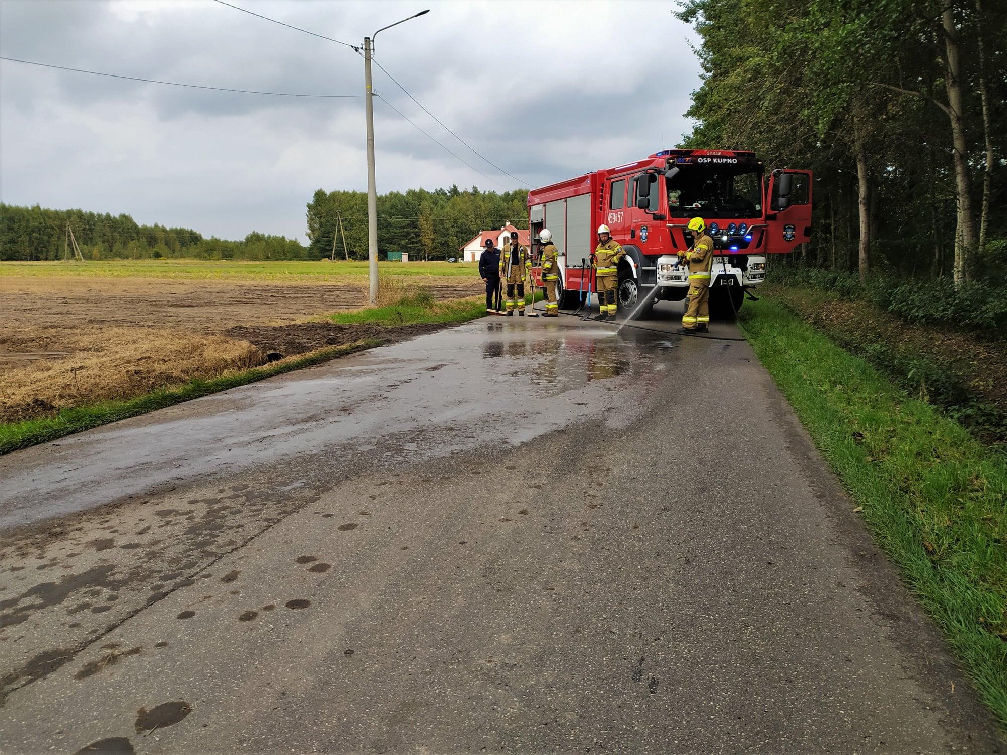 Strażacy z OSP Kupno w akcji! Zobacz nagranie z wyjazdu [WIDEO] - Zdjęcie główne
