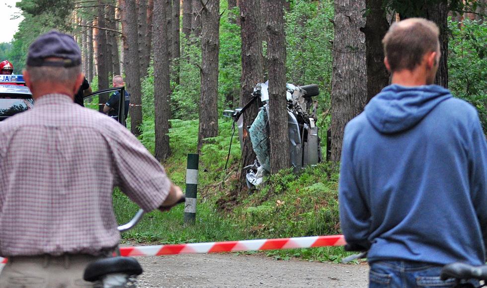 Powiat kolbuszowski. Dwie młode kobiety nie żyją. Mieszkanki gminy Majdan Królewski zginęły w wypadku na drodze w Wilczej Woli  - Zdjęcie główne