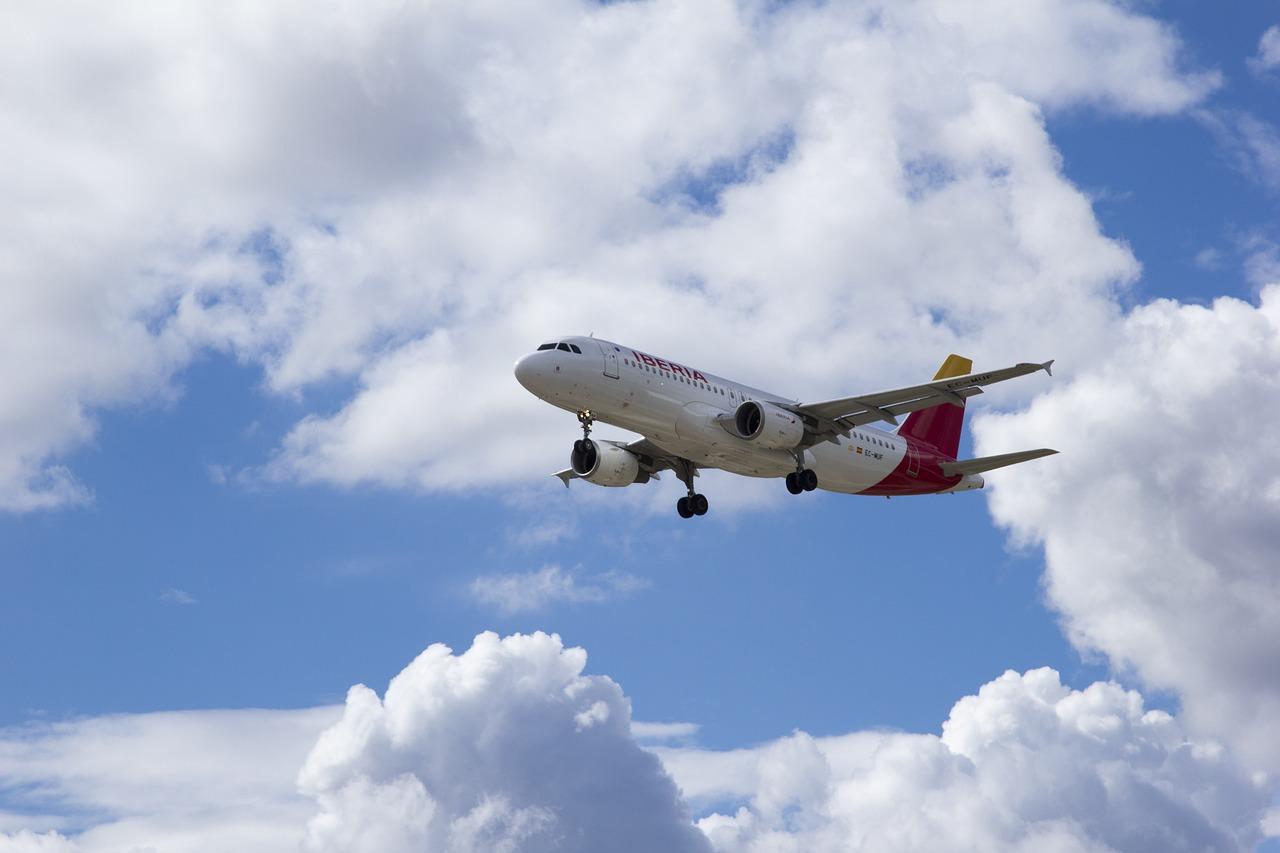 Jak się przygotować do lotu samolotem? - Zdjęcie główne