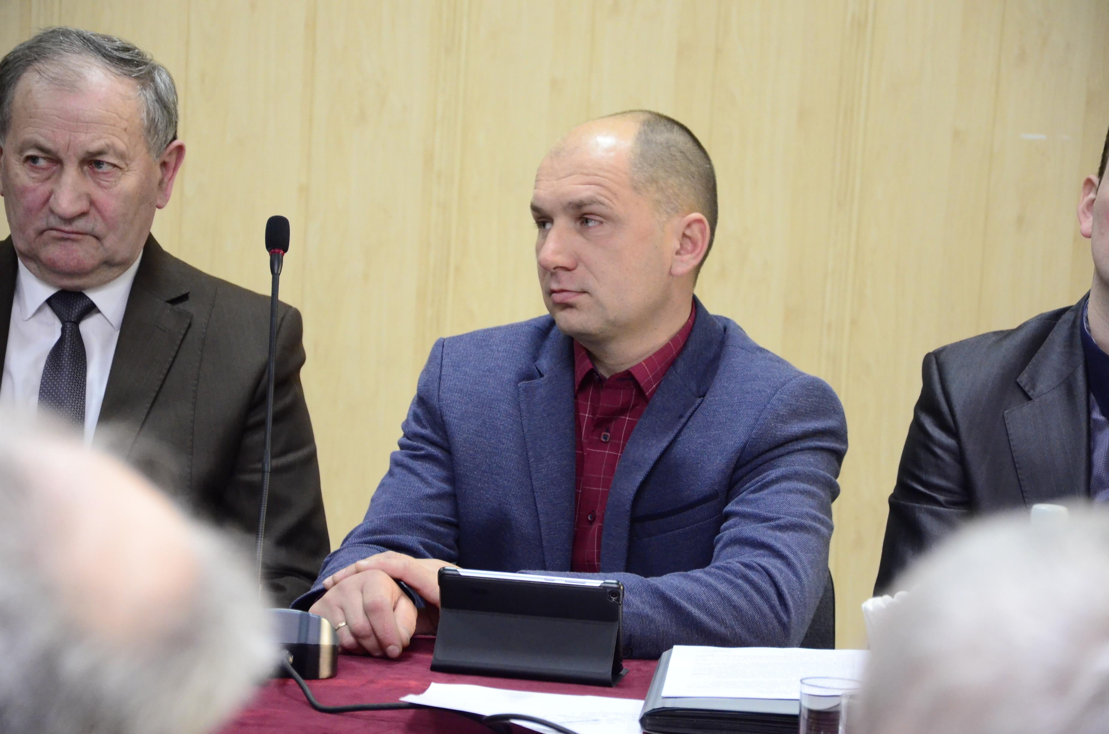 Samorządowiec z Posuch pytał o remont remizy w swojej miejscowości. Wójt gminy Raniżów nie dał gwarancji - Zdjęcie główne