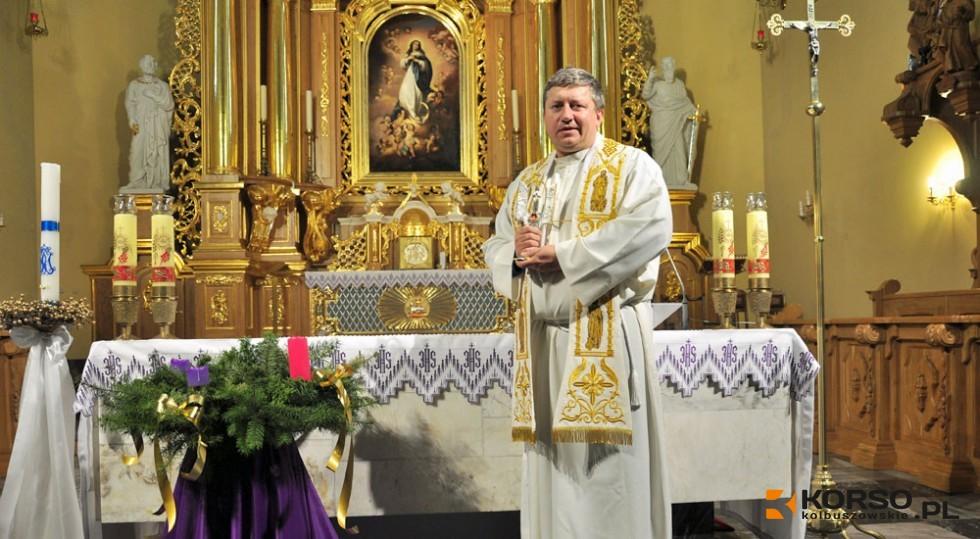 KOLBUSZOWA. Popularne nabożeństwo bez wiernych, ale z transmisją w internecie  - Zdjęcie główne