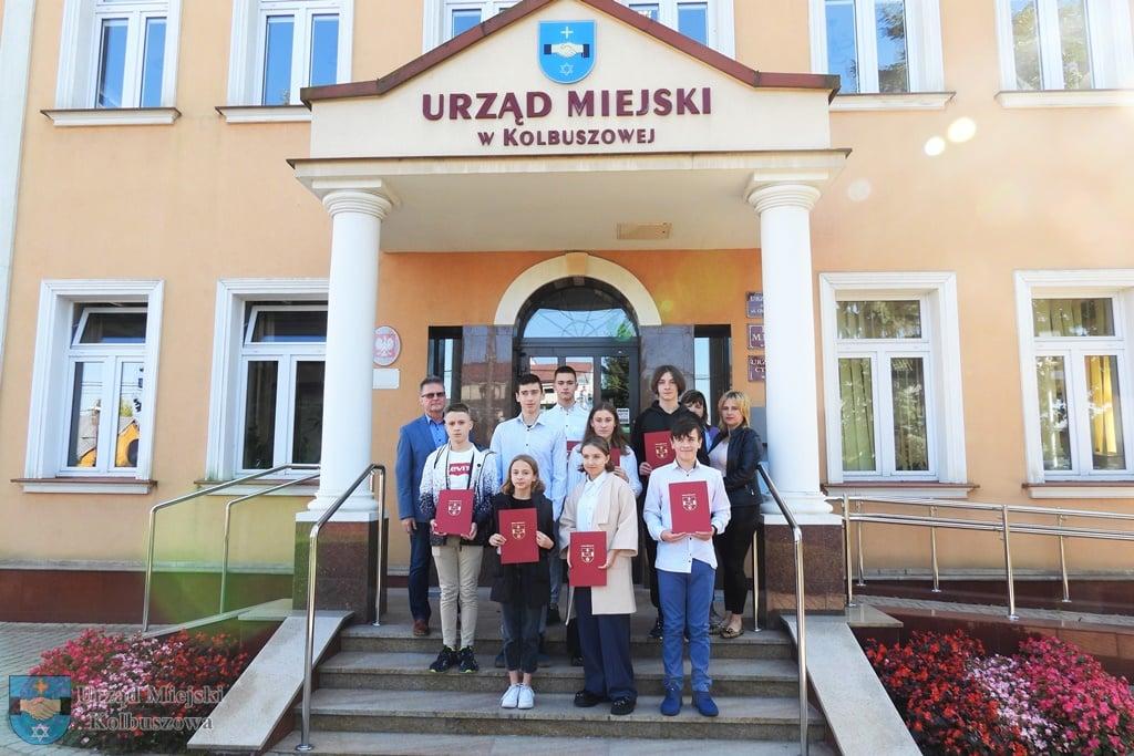 Stypendia i nagrody dla sportowców z kolbuszowskich klubów [ZDJĘCIA - LISTA NAZWISK] - Zdjęcie główne