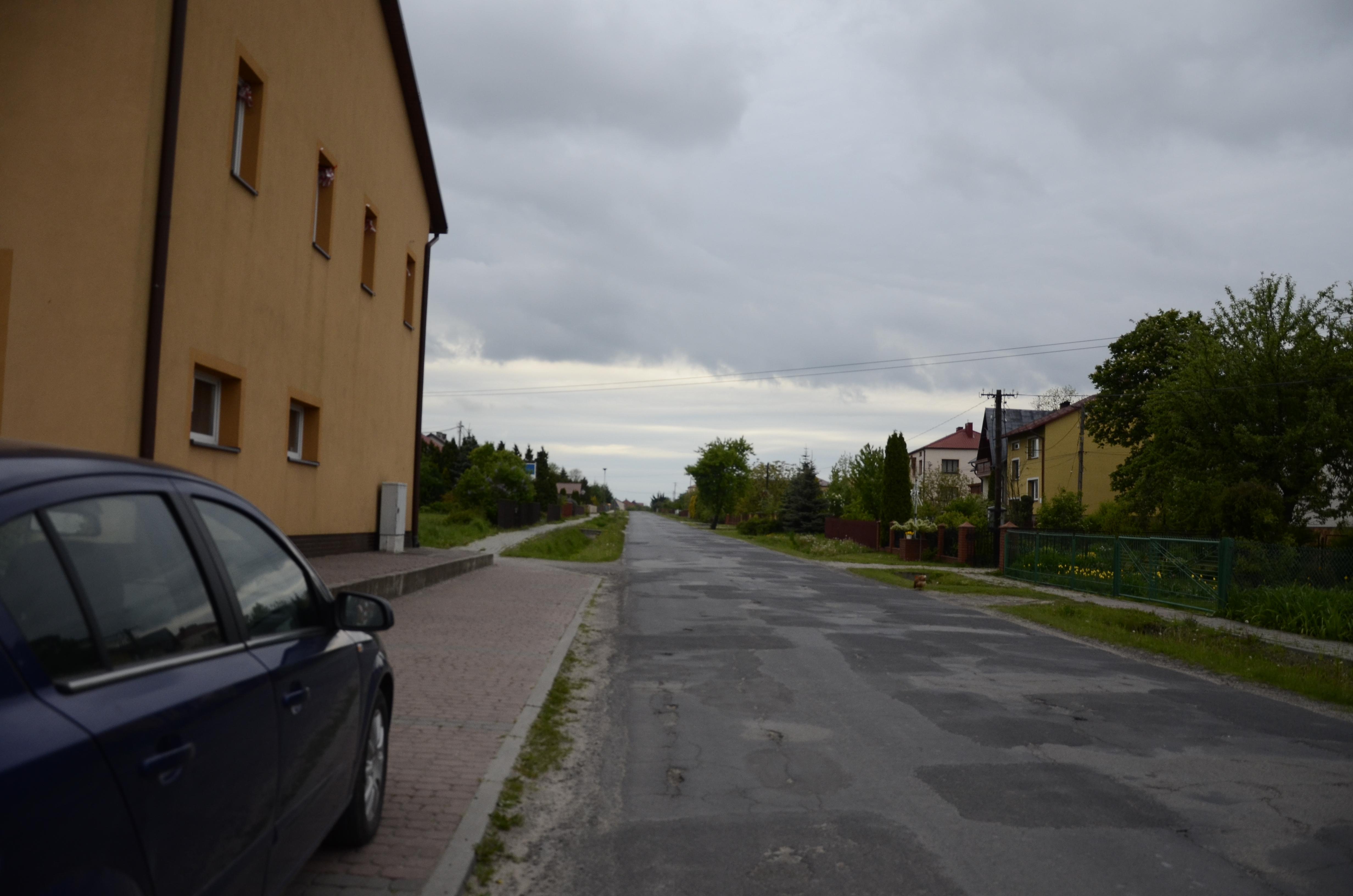 Wyczekiwany, szczególnie przez mieszkańców Woli Raniżowskiej, remont drogi powiatowej ma ruszyć jeszcze w tym tygodniu - Zdjęcie główne