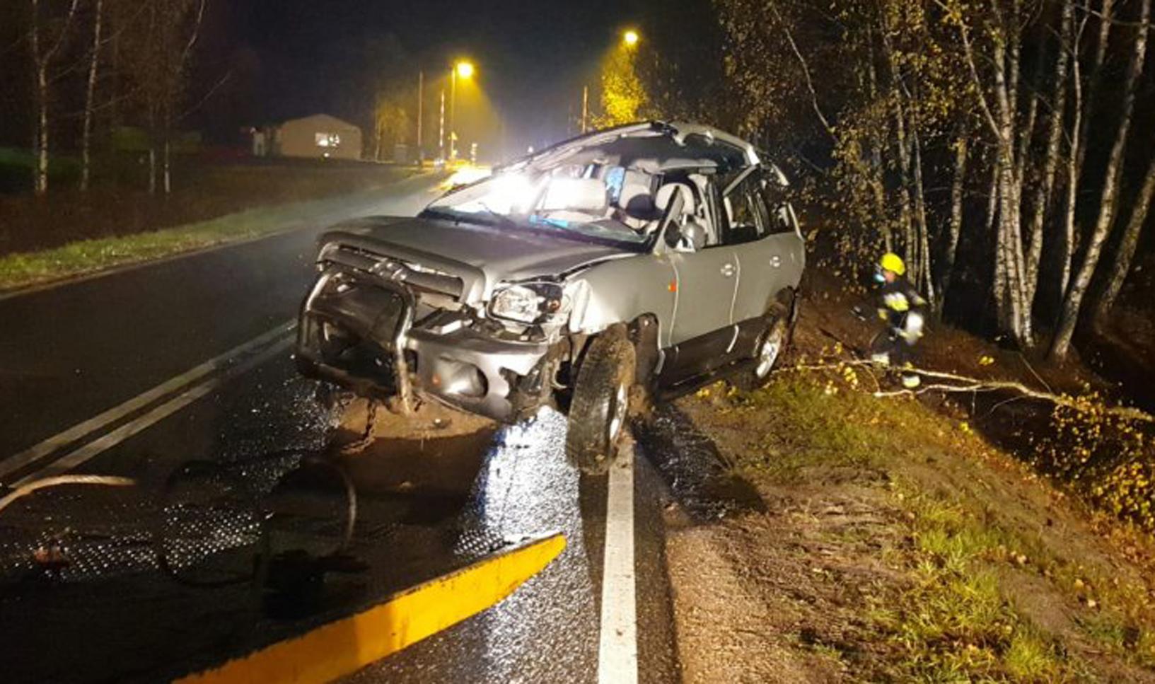 Policja o wczorajszym wypadku w Krzątce |ZDJĘCIA| - Zdjęcie główne