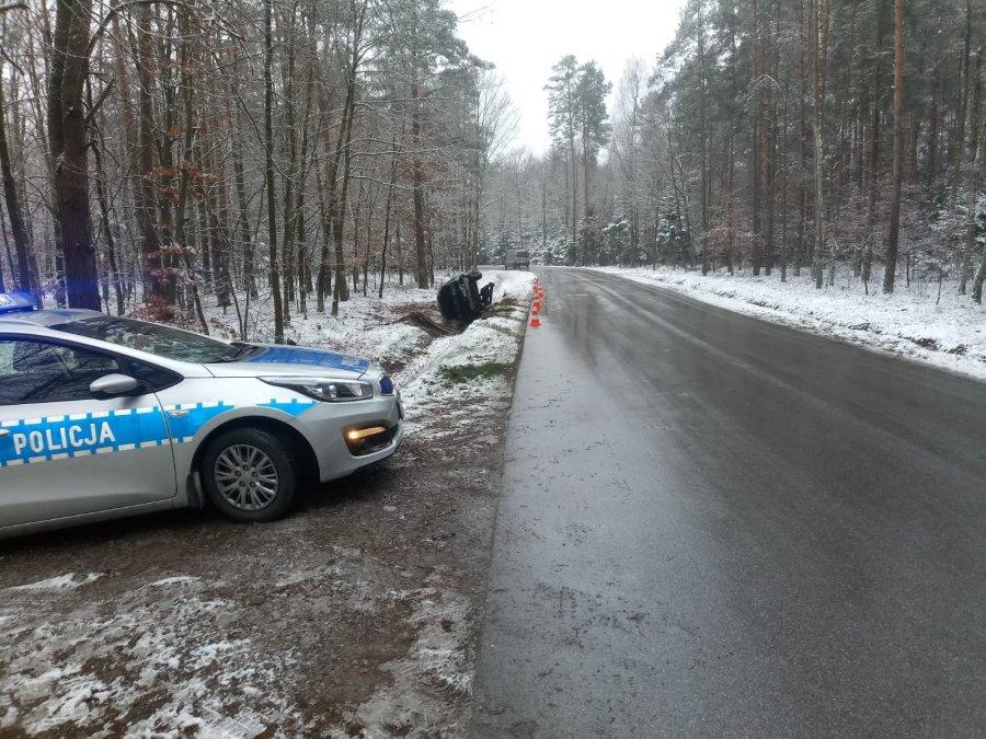 Wypadek z udziałem Ukraińców w Leszczach. Do szpitala trafiła 48-latka  - Zdjęcie główne