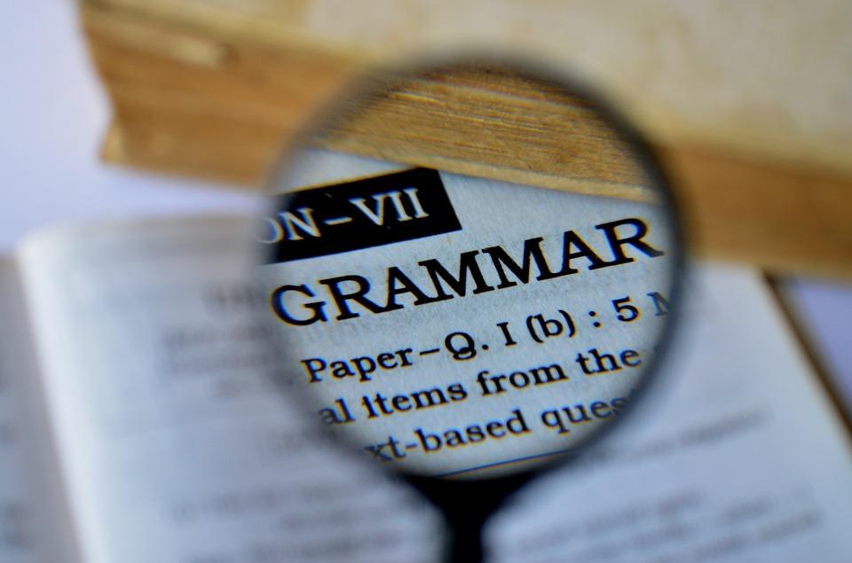 Jak szybko opanować język obcy - postaw na gramatykę - Zdjęcie główne