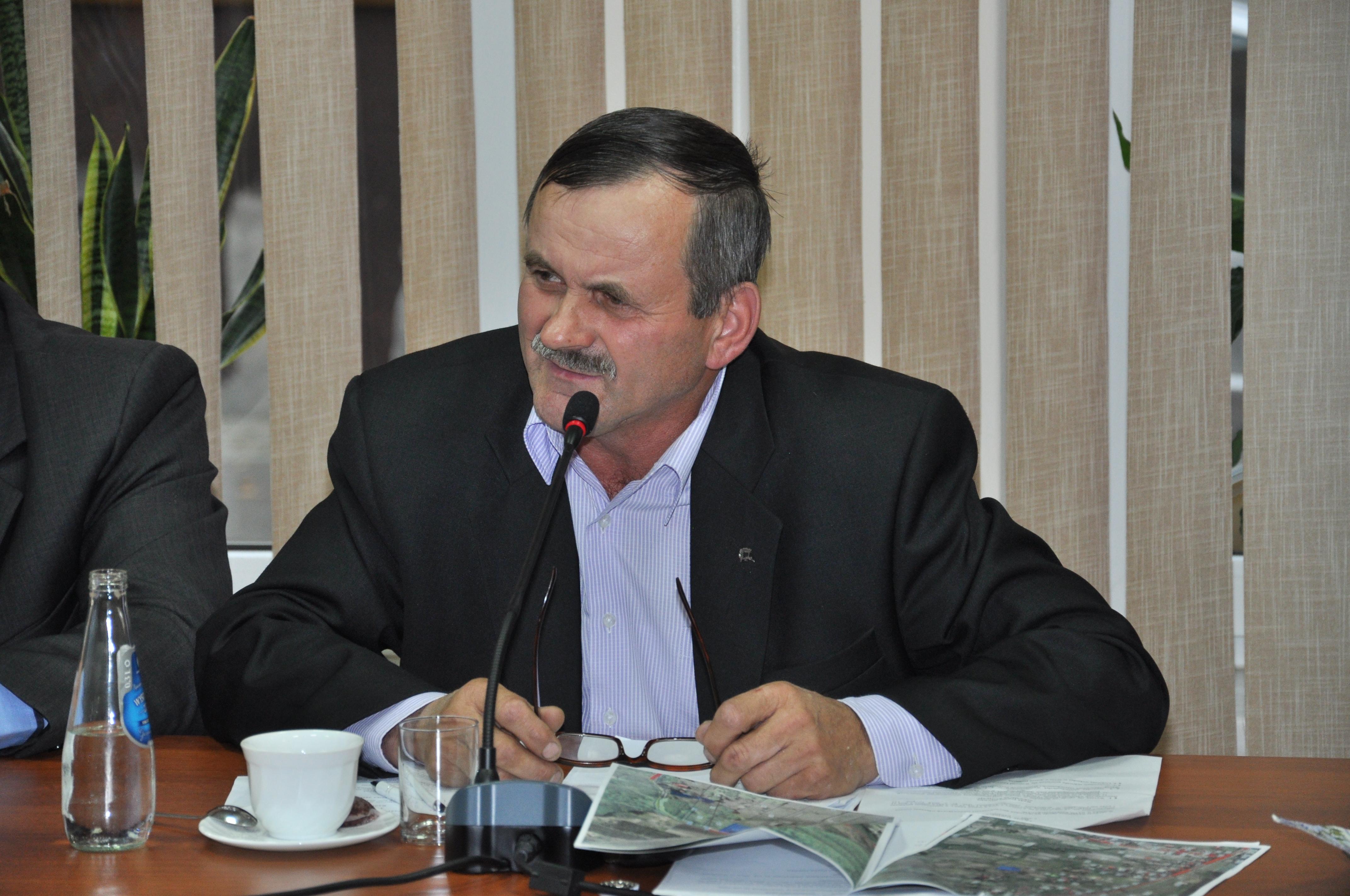 Gmina Niwiska. Radny Chlebowski wstawił się za przewoźnikami i chce dla nich niższych podatków - Zdjęcie główne