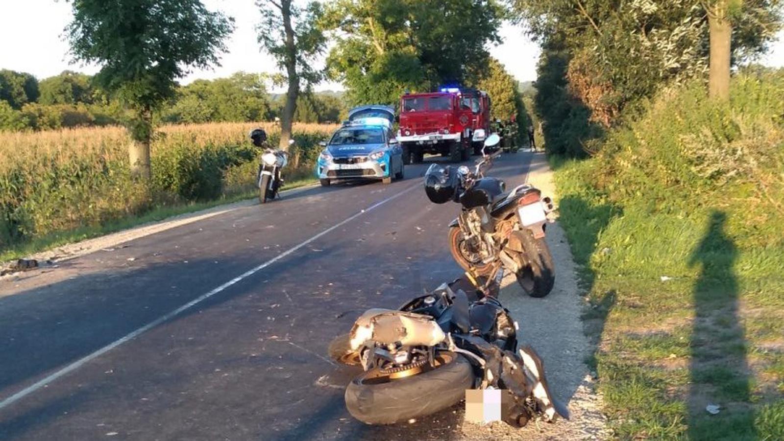 PODKARPACIE: Motocyklista uderzył w przyczepę. Nie przeżył - Zdjęcie główne
