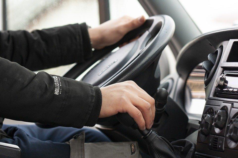 Bez prawa jazdy od soboty - Zdjęcie główne