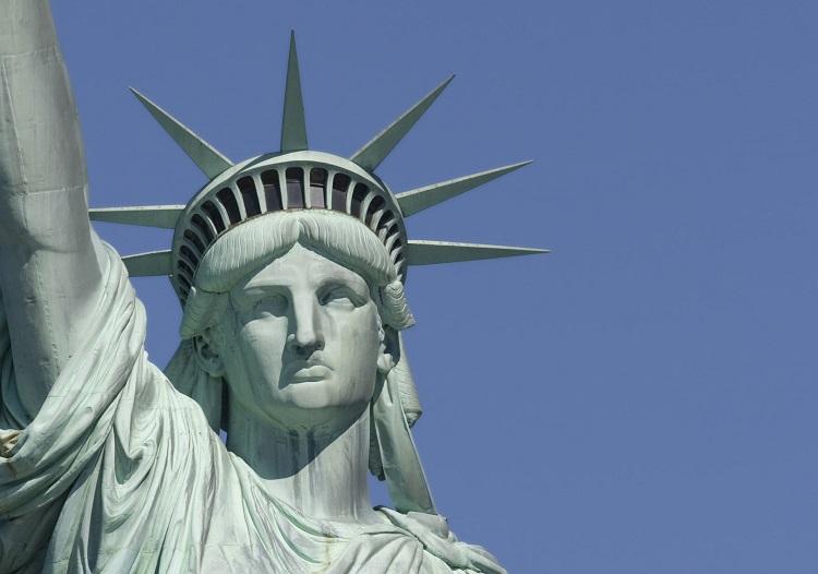 Plakat Nowy Jork – Statua Wolności na twojej ścianie - Zdjęcie główne