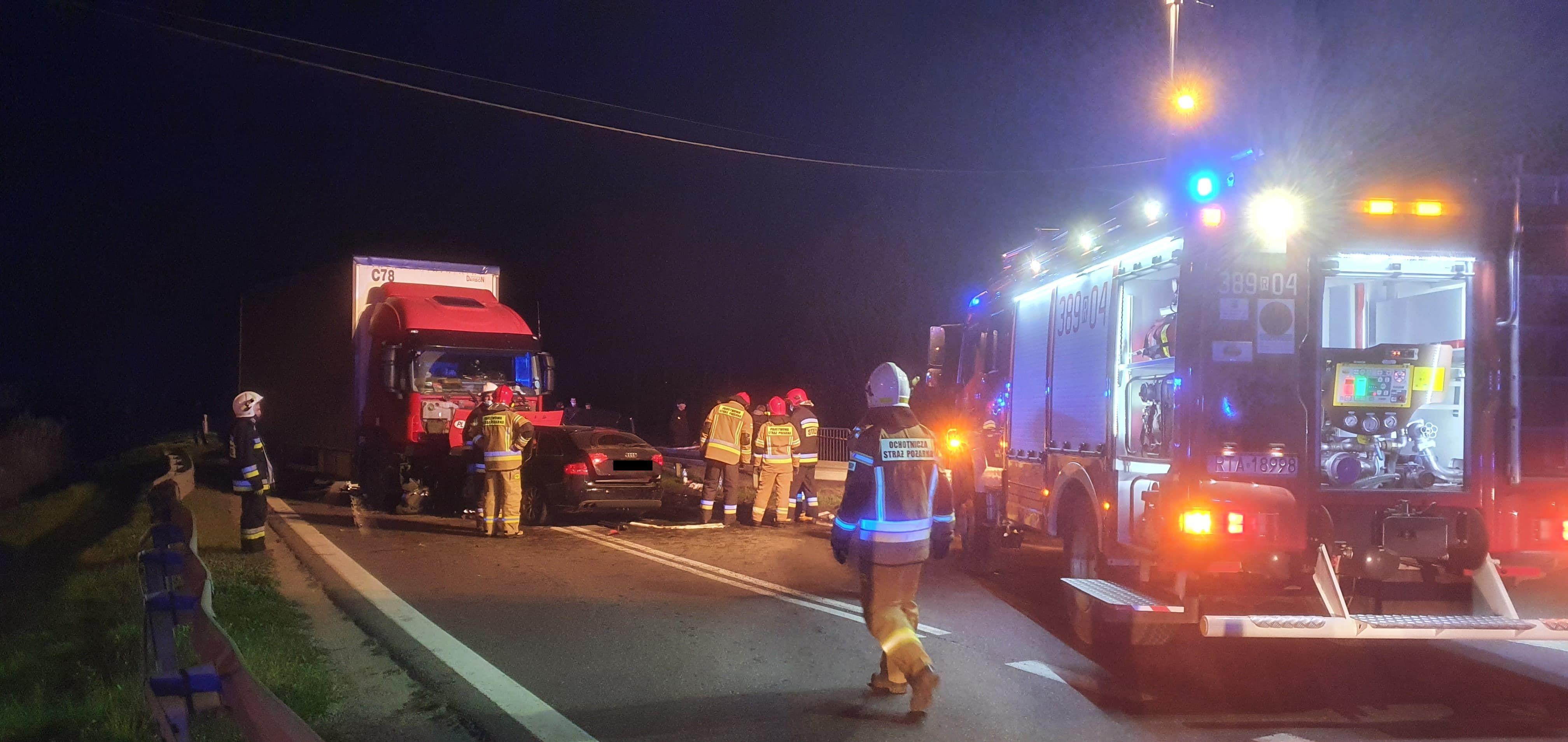 Podkarpacie: Zderzenie trzech aut. Są ranni, a wśród nich dziecko! - Zdjęcie główne