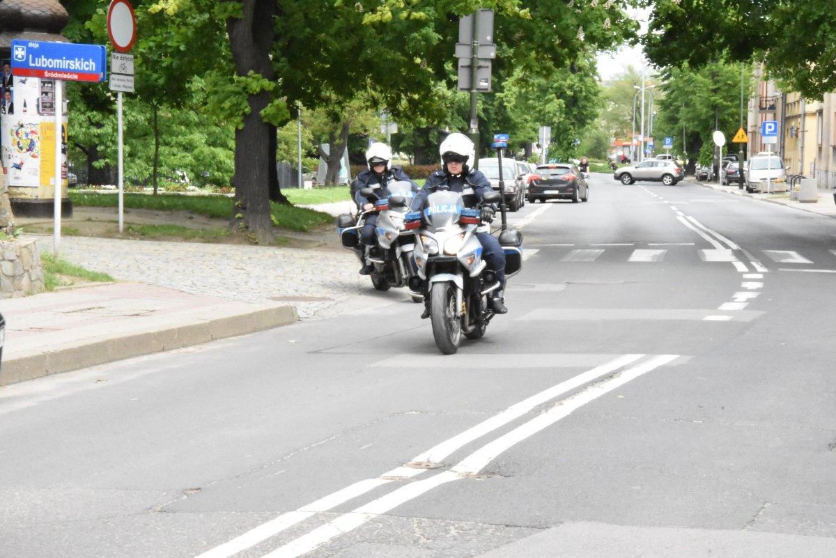 Z regionu. Policyjny pościg za motocyklistą  - Zdjęcie główne
