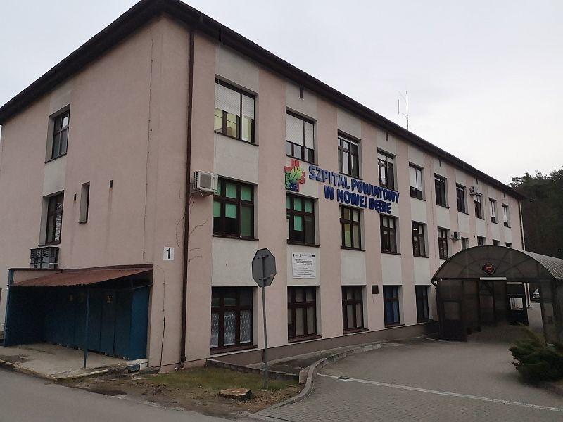 NOWA DĘBA. 12 pracowników szpitala zakażonych koronawirusem! - Zdjęcie główne