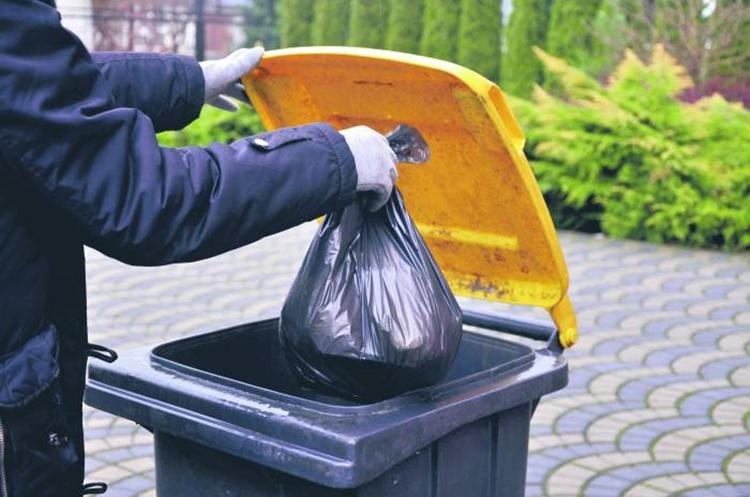 Mieszkańcy nie płacą za śmieci. Sprawdzamy ile i gdzie [RAPORT] - Zdjęcie główne