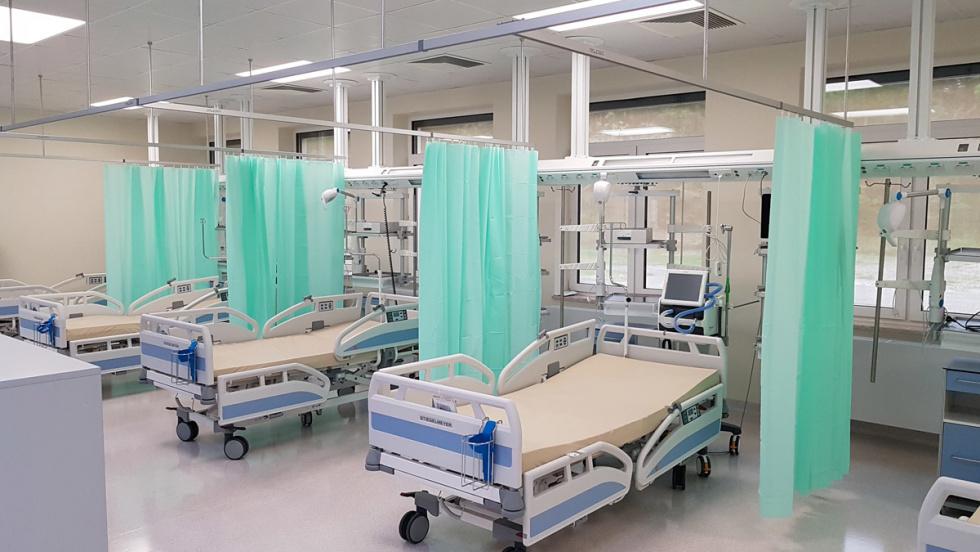 Szpital w Nowej Dębie z nowymi oddziałami - Zdjęcie główne