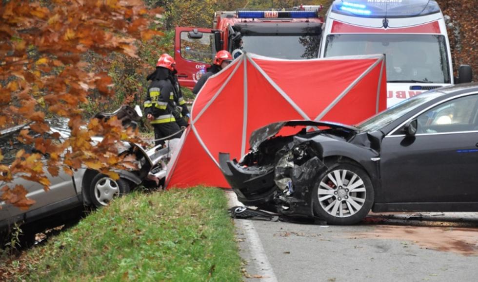 Z PODKARPACIA. Na drodze relacji Radomyśl Wielki - Przecław w wypadku zginął 78-letni kierowca matiza - Zdjęcie główne