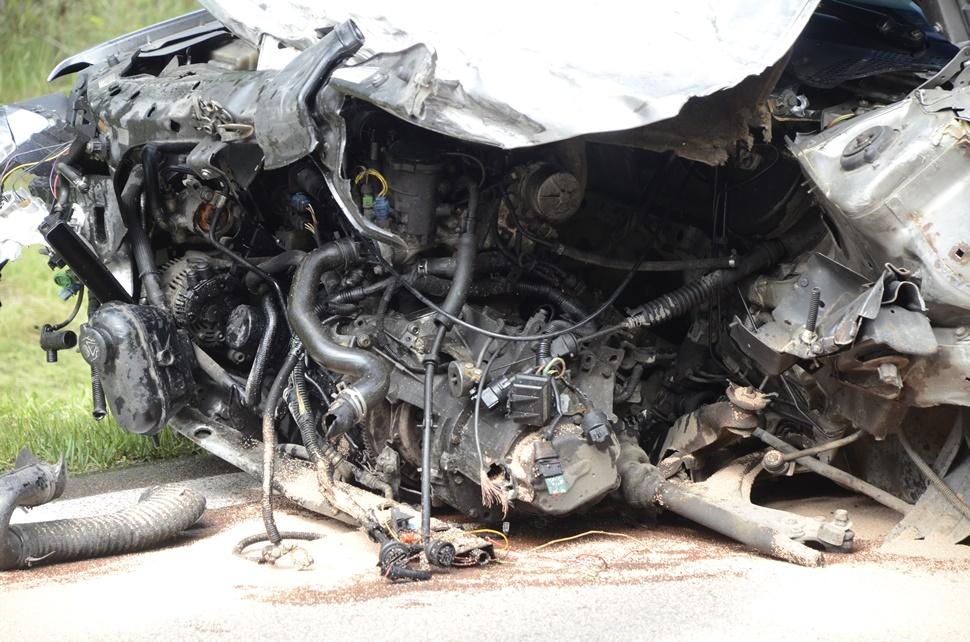 Zderzenie dwóch samochodów na drodze relacji Kolbuszowa - Mielec. Utrudnienia [ZDJĘCIA] - Zdjęcie główne