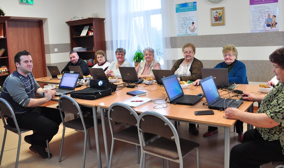 Od dwóch lat w Niwiskach działa Dzienny Dom Senior - Wigor. To pierwsza tego typu placówka w powiecie kolbuszowskim  - Zdjęcie główne