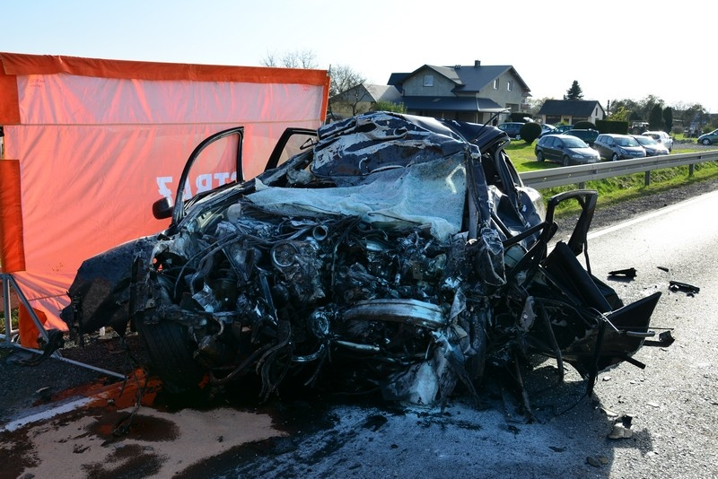 Podkarpacie. Tragedia na drodze. Nie żyje 37-latek [FOTO] - Zdjęcie główne