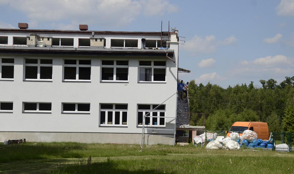 Gmina Dzikowiec. Ponad milion na remonty w szkołach  - Zdjęcie główne