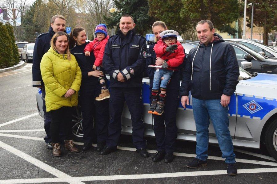 Policjanci spełnili marzenie małego Fabianka  - Zdjęcie główne
