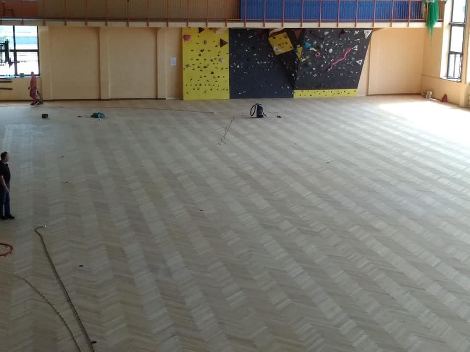 Trwają wakacyjne remonty w szkołach średnich - Zdjęcie główne